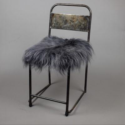 donker grijs schapenvacht stoelkussen