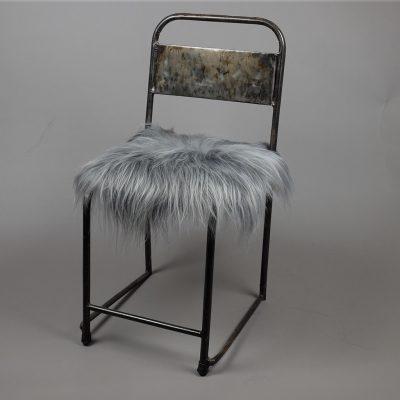 stoelkussen stoelpad schapenvacht grijs