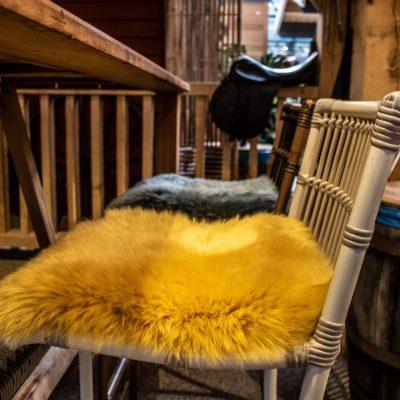 gele stoelkussens