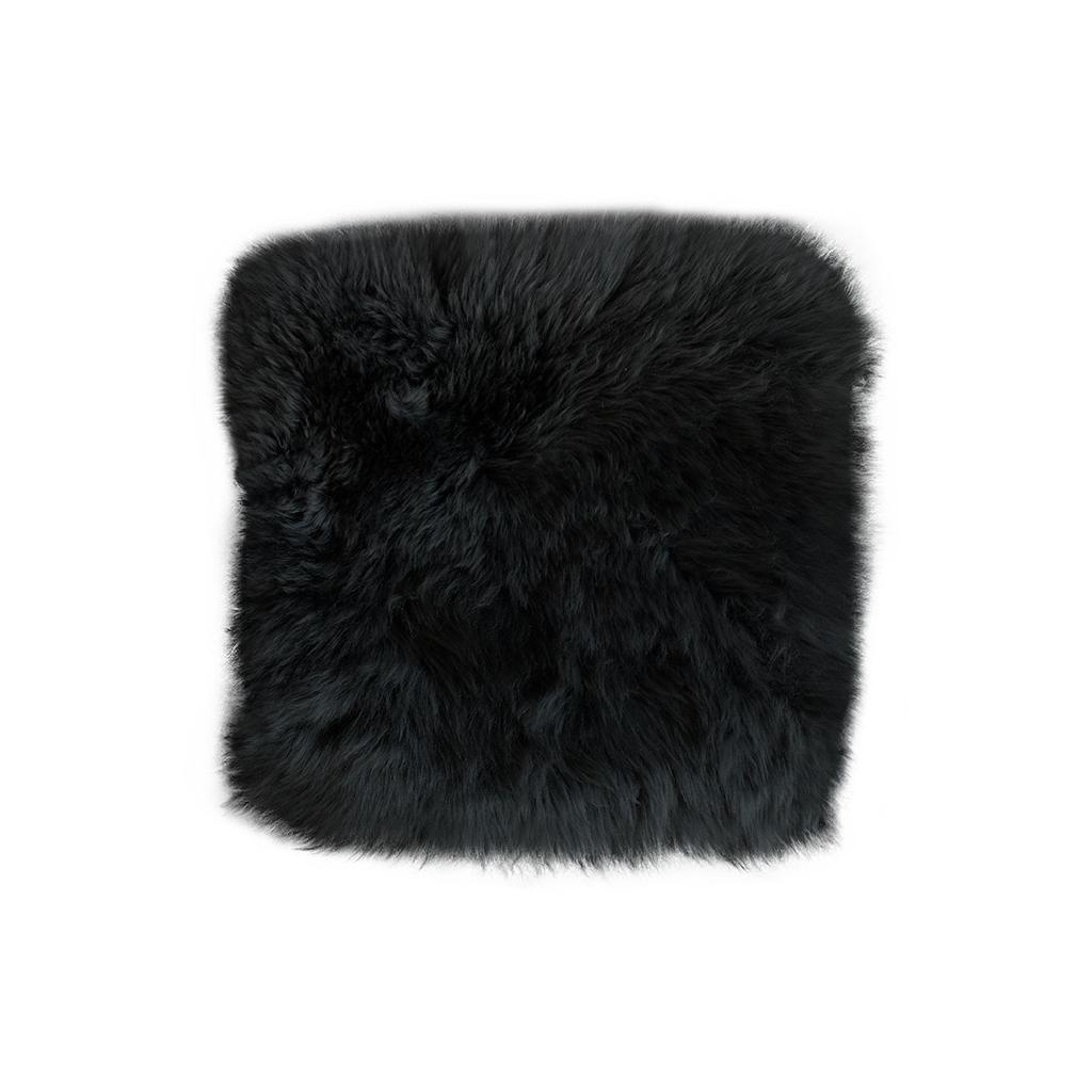stoel-kussen-schapenvachtTekengebied 17-100